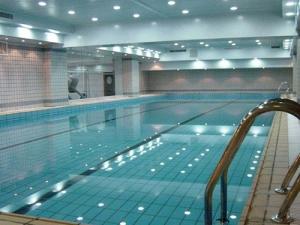 泳池清洗保洁